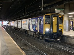150274 Manchester Victoria 10/10/2019 (Martin Coles) Tags: trains train rail railways railway manchestervictoria 150274 class150 sprinter northern