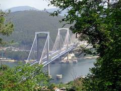 Bridge over Vigo Bay. Spain. (Rubem Jr) Tags: bridge ponte landscape paisagem vigo espanha spain waterscape water bay caminhodesantiago caminhoportuguêsdacosta frenteafrente