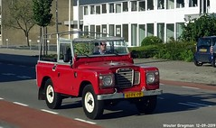 Land Rover 88 1973 (Wouter Bregman) Tags: 61fkpp land rover 88 1973 landrover88 landrover red rood rouge flevolaan weesp nederland holland netherlands paysbas vintage old classic british car auto automobile voiture ancienne anglaise uk brits vehicle outdoor