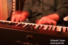 s191010_1362+_Beans_Marian Kleebaum (gareth.tynan) Tags: mariankleebaum cafébarbeanslangen event gig performance cultmusiclocation pianist singersongwriter pop jazz