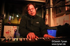s191010_1332+_Beans_Marian Kleebaum (gareth.tynan) Tags: mariankleebaum cafébarbeanslangen event gig performance cultmusiclocation pianist singersongwriter pop jazz