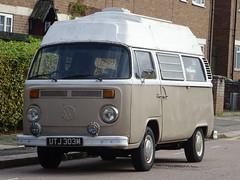 1972 Volkswagen Transporter Camper Van (Neil's classics) Tags: 1972 volkswagen transporter camper van vw camping motorhome autosleeper motorcaravan rv caravanette kombi mobilehome dormobile