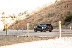 jeep-grand-cherokee-wk2-lowered-status-juggernaut-carbon-graphite-22-inch-wheels-rims - 02