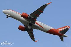 JW1_6052 (jonny4x4uk) Tags: man egcc manchester airport ringway cloud rain spray dark grey avgeek boeing airbus b737 b747 b757 b767 b787 a380 a350 a340 a330 a320 bombardier embraer erj crj dehavilland dh8 dash 8 190 175 195 atr 72 900 british ba speedbird virgin atlantic emirates etihad ryanair easyjet qatar singapore wamos atlas tap portugal flybe canada rouje malaysia jet2 holidays eurowings tui plus ultra blue panorama scandinavian sas