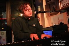 s191010_1271+_Beans_Marian Kleebaum (gareth.tynan) Tags: mariankleebaum cafébarbeanslangen event gig performance cultmusiclocation pianist singersongwriter pop jazz