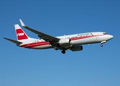 N915NN Boeing 737-823 (Irish251) Tags: dca kdca twa retro american airlines b738 737800 retrojet 737
