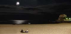 Cap d'Agde (Hérault, Occitanie, Fr) – Noche tranquila y serena (caminanteK) Tags: capdagde hérault plage nuit lune méditerranée
