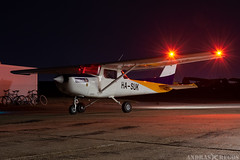 HA-SUK (Andras Regos) Tags: aviation aircraft plane fly airport lhny nyíregyháza trener trenerkft cessna c152 night nightvfr nvfr