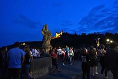Würzburg: Alte Mainbrücke (zug55) Tags: würzburg franken franconia bayern bavaria germany deutschland altemainbrücke brücke main river fluss festungmarienberg marienbergfortress festung marienberg fortress castle burg palace batis bridge