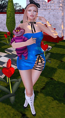 Don't be afraid to hold this...Even the thorns have roses.. (ℓiττℓє вυททy) Tags: believe secondlife doux catwa blogger blog