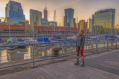 Rollerblading in Puerto madero (Wal Wsg) Tags: skatingthroughpuertomadero rollerblading rollerbladinginpuertomadero roller rollers argentina buenosaires caba capitalfederal ciudaddebuenosaires puertomadero puertomaderoargentina argentinapuertomadero atardecer atardece atardeceres atardecerenlaciudad sunset ocaso woman mujer girl garota femme she lady donna paisajeargentino ciudad city canont6i canon canonesorebelt6i phwalwsg photography photo foto fotografia fotocallejera street streets calles callejeando candid candidstreet colors colores barcos naves boats sailboats water agua dique outside dia day