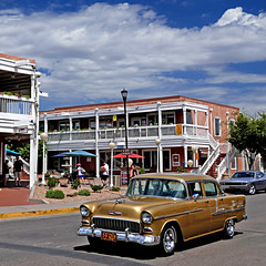 Albuquerque, New Mexico, USA (pom'.) Tags: panasonicdmctz101 albuquerque newmexico usa car vintagecar abq amapolagallery oldtownplazapark chevroletbelair 1955 chevrolet 5000