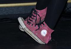 _Q3A2633 (www.ilkkajukarainen.fi) Tags: suomi finland finlande eu europa tennarit temmis tossut shoes kengät happy life line portrait converse all stars