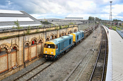 20096 and 20107 arriving at Crewe (robmcrorie) Tags: 20096 20107 crewe station 6z36 longport spoil used ballast pinnox branch esso sidings stoke trent staffordshire nikon d850