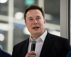 NASA Administrator Visits SpaceX HQ (NHQ201910100025) (NASA HQ PHOTO) Tags: hawthorne spacex ca elonmusk spacexheadquarters nasa aubreygemignani