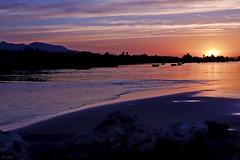 Hora dorada (chelocatala) Tags: cielo agua nubes naturaleza sol atardecer piedras arena cullera valencia españa