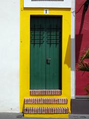 P1000797 (waldy5897) Tags: 1 amarillo panasonic green lumix viejosanjuan yellow puertorico puerta oldsanjuan door