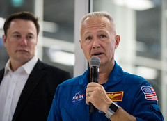 NASA Administrator Visits SpaceX HQ (NHQ201910100021) (NASA HQ PHOTO) Tags: ca hawthorne spacex elonmusk doughurley spacexheadquarters nasa aubreygemignani
