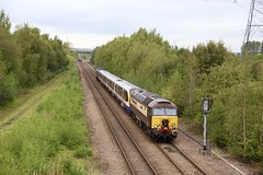 57305 tnt 37800 Beighton 07 Oct 19 (doughnut14) Tags: 57305 37800 cum rog rail diesel loco beighton willesden worksop 710121 lo cassiopeia princess 5q58 gc greatcentral