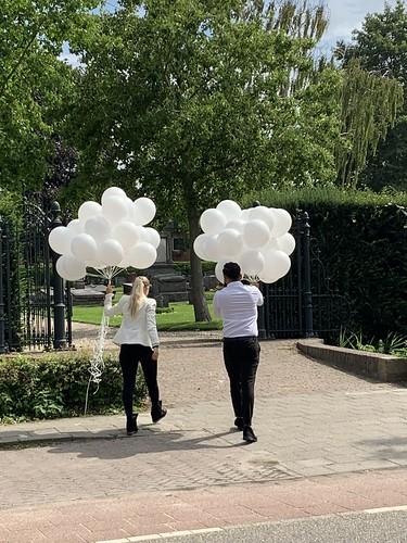 Heliumballonnen RK Begraafplaats Zevenbergen