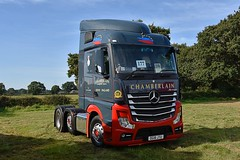 DG18 JTU (Martin's Online Photography) Tags: truck wagon lorry vehicle freight haulage commercial transport truckfest cheshire nikon nikond7200 mercedes actros mp4