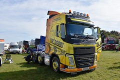 NJ19 EOD (Martin's Online Photography) Tags: volvo fh4 truck wagon lorry commercial vehicle freight haulage transport truckfest cheshire nikon nikond7200