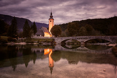 Sveti Janez, Bohinj (judith.kuhn) Tags: reise travel slowenien slovenia bohinj kirche church brücke bridge gebäude building architektur architecture lichter lights blauestunde bluehour water wasser see lake spiegelung reflection natur nature landschaft landscape waterscape berge mountains alpen alps bäume trees himmel sky wolken clouds
