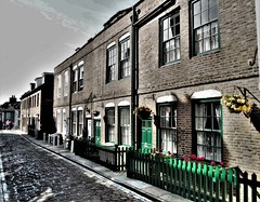 Henrietta Street, Whitby. (ManOfYorkshire) Tags: henrietta street whitby yorkshire northyorkshire homes houses terrace holiday tolet rent workers cottages cobbles