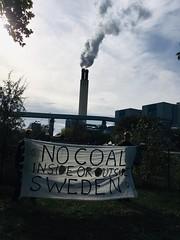reuter west (Extinction Rebellion Sverige) Tags: extintion rebellion berlin reuter west vattenfall kolkraftverk fastlimmade grind xr sverige berlinupproret