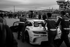 Sachsenring GT Masters (Rene_1985) Tags: gt masters sachsenring motorsport race cars gt3 leica m 240 zeiss distagont1435 35mm monochrom black white schwarz weis mercedes amg