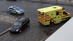 Unfall-00355 (pischty.hufnagel) Tags: dresden johannstadt unfall fahrrad krankenwagen polizei bmw
