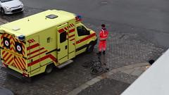 Unfall-00348 (pischty.hufnagel) Tags: dresden johannstadt unfall fahrrad krankenwagen polizei bmw