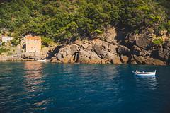 I know how to drown in (.KiLTЯo.) Tags: kiltro it italia italy sanfruttuoso liguria sea ocean coast shore boat seascape lanscape trees rocks house blue green