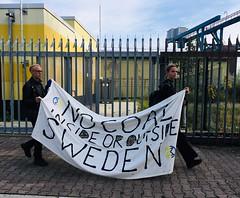 reuter west3 (Extinction Rebellion Sverige) Tags: extintion rebellion berlin reuter west vattenfall kolkraftverk fastlimmade grind xr sverige berlinupproret