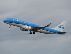 PH-EXJ lifting off RWY 27 (Ibirdball) Tags: klm e175 nwi egsh norwich phexj embraer klmcityhopper