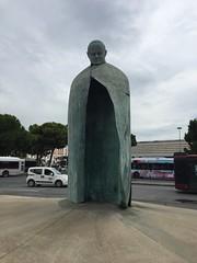 Rome, Italy, 2018 (From Manhattan to Havana) Tags: rome roma rooma italy italia statue john paul ii