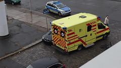 Unfall-00351 (pischty.hufnagel) Tags: dresden johannstadt unfall fahrrad krankenwagen polizei bmw