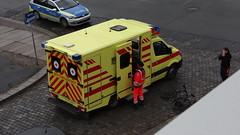 Unfall-00349 (pischty.hufnagel) Tags: dresden johannstadt unfall fahrrad krankenwagen polizei bmw