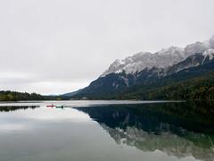 kayak's (m_laRs_k) Tags: water sports kayaking eibsee garmisch partenkirchen bavaria germany mountains alps zugspitze werdenfelserland alpen berge