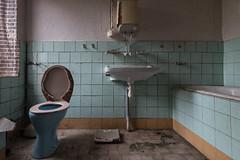 Yeah! ...friday is bubble bath day (michael_hamburg69) Tags: lostplace offthemap abandonedplace urbanexploration urbex bathtub badewanne bath tiles kacheln bathroom badezimmer toilette waschbecken hellblau apricot personenwaage bathroomscales wcdeckelbezug flauschigweicherdeckelbezug newspaper zeitung phototourmit3daybeard3tagebart unterwegsmitchristian