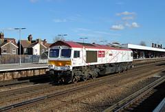 66721 Tonbridge (CD Sansome) Tags: tonbridge gbrf gb railfreight train trains station 66 shed 66721 london underground 150 lu150 0y12 hoo junction west yard