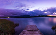 Últimes llums a l'Estany (gercade) Tags: banyoles atardecer luces nubes clouds cielo cel lago lake water landscape