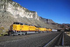 Loading Coal at Willow Creek (jamesbelmont) Tags: unionpacific coal utahrailway ge ac4400cw hopper willowcreek cyprusplateau castlegate utah train railroad railway locomotive