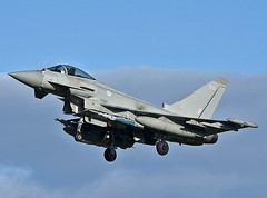 ZK315 (np1991) Tags: royal air force raf lossiemouth lossie moray scotland united kingdom uk nikon digital slr dslr d7200 camera nikor 70200mm vibration reduction vr f28 lens aviation planes aircraft eurofighter typhoon fgr4 inert paveway iv bombs laser guided lgb 500 pound 41 squadron sqn test evaluation coningsby rebel 59 zk315 315
