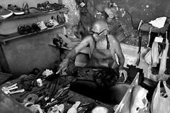 El zapatero de Trocadero en La Habana