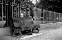 Birkenhead Park (Boris-66) Tags: rodinal agfaapx100 agfaphoto canonef