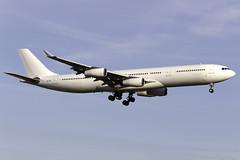 Hi Fly Malta A340-300 9H-SUN at Gatwick Airport LGW/EGKK (dan89876) Tags: hi fly malta airbus a340 a343 a340300 a340312 9hsun london gatwick international airport landing runway 08r arrival lgw egkk