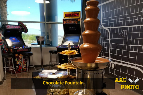 "Chocolate Fountain • <a style=""font-size:0.8em;"" href=""http://www.flickr.com/photos/159796538@N03/48882545311/"" target=""_blank"">View on Flickr</a>"