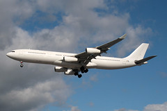 2008 Airbus A340-313 OO-ABE - Air Belgium - London Heathrow 2019 (anorakin) Tags: 2008 airbus a340 ooabe airbelgium london heathrow 2019