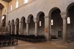 Quedlinburg, Stiftskirche St. Servatii (julia_HalleFotoFan) Tags: quedlinburg stiftskirche stiftskirchestservatii romanik strasederromanik unescowelterbe langhaus säulen pfeiler stützenwechsel